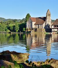 Abbatiale saint pierre beaulieu sur dordogne tourisme - Office du tourisme beaulieu sur dordogne ...