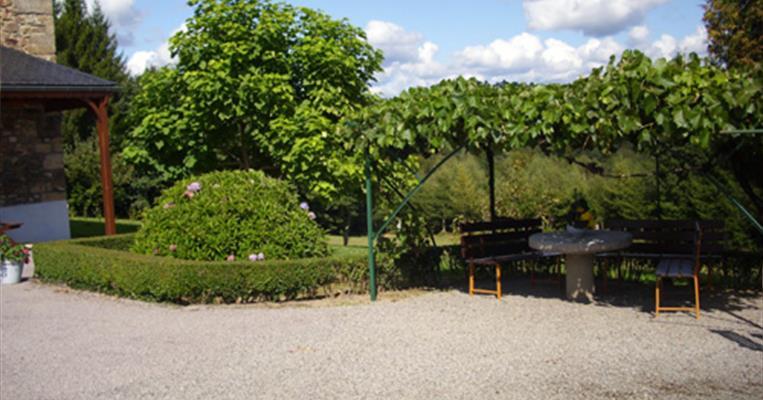 Meubl de tourisme chassagne la grange champagnac la for La grange du meuble