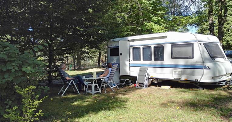 Camping du lac aquadis loisirs motorhome site - Salon du camping car clermont ferrand ...