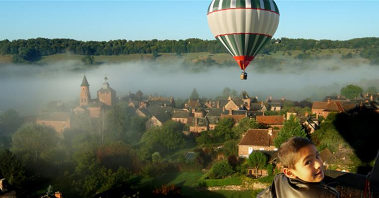 Site d 39 envol de corr ze montgolfi re collonges la rouge - Office de tourisme collonges la rouge ...