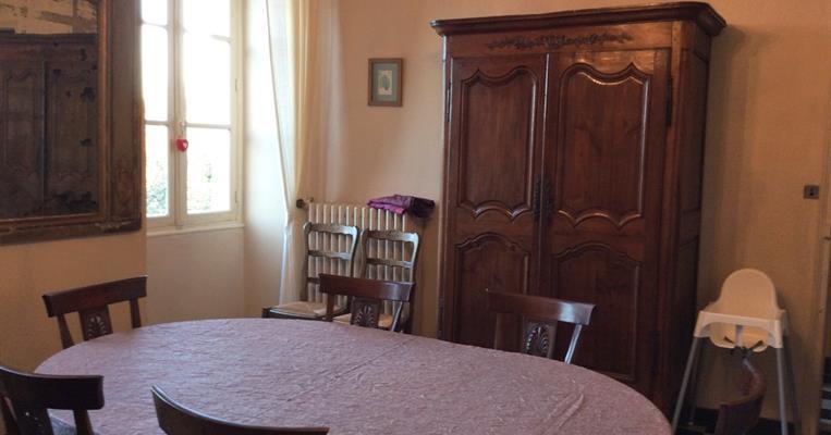 meubl de tourisme deglane treignac tourisme corr ze. Black Bedroom Furniture Sets. Home Design Ideas